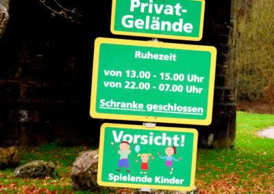 Schilder | Spiel und Spaß | Campingplatz Eitorf